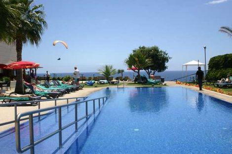 """15 JOURS / 14 NUITS - Hôtel Golden Résidence 4* - Funchal, Plage """"Praia Formosa"""""""